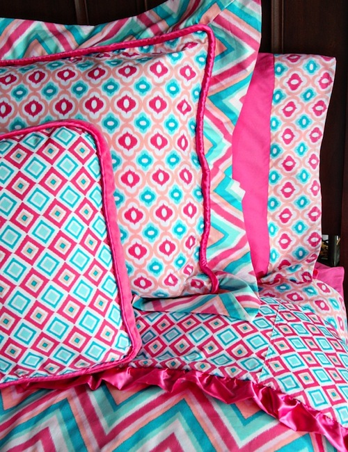 pink and blue chevron patterned teen bedding