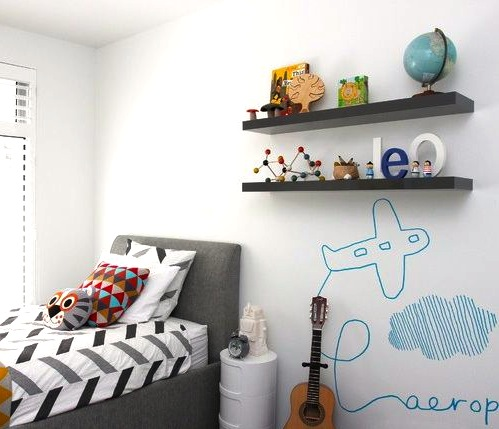 airplane drawing on boys room wall