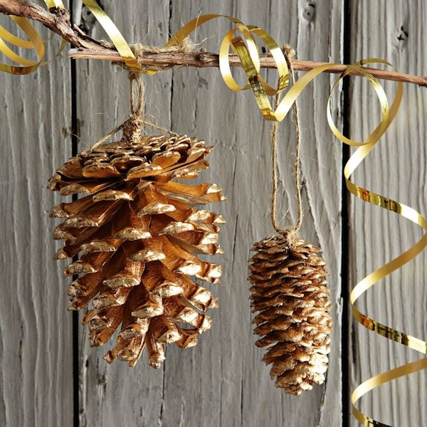 Christmas Decorations From Nature Part - 20: Gold Dipped Pinecone Garland Christmas Decorations