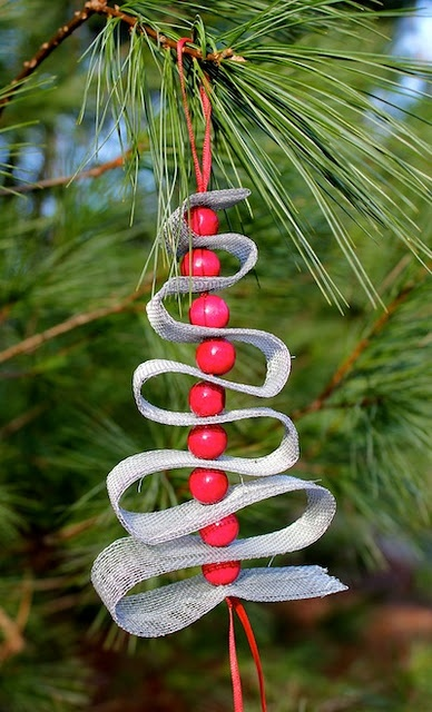 ribbon and bead christmas tree ornament