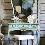 Teen Girl's Room Vintage Vanities