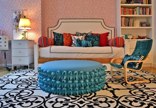 Geometric Pattern Rug For Teen Girls Room Floor Idea