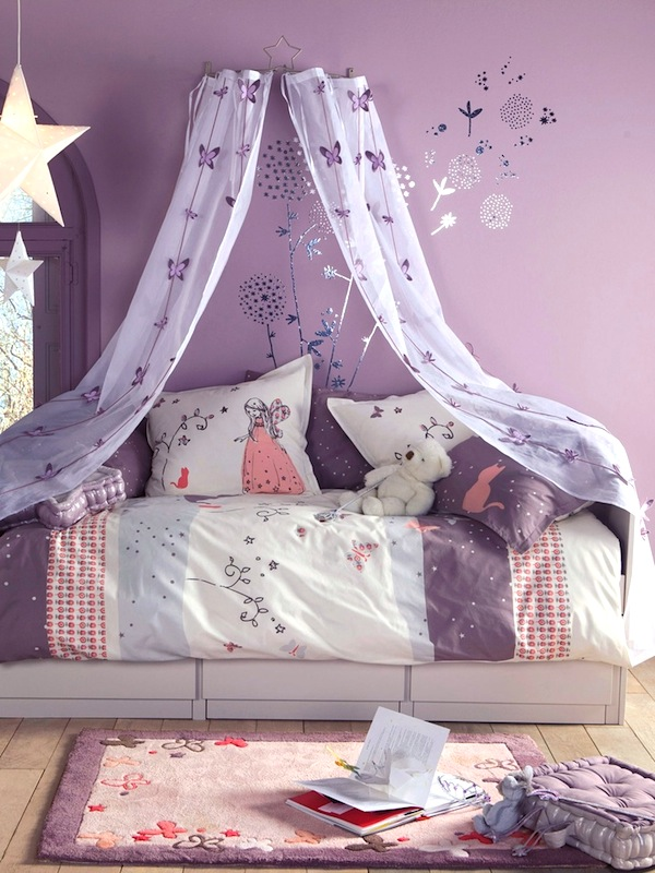 butterfly pattern sheer bed canopy & Girlsu0027 Room Bed Canopy | sheer bed curtain ideas | KidSpace Interiors