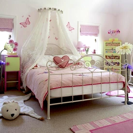 Girls' Room Bed Canopy | sheer bed curtain ideas | KidSpace Interiors