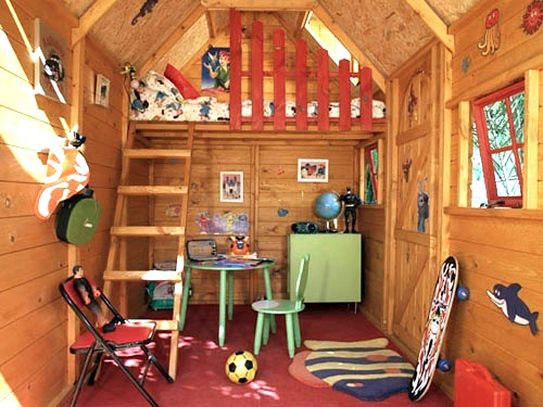 Using Vintage Furniture in Playhouses Smart Idea....and Trendy